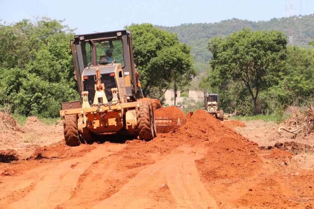 Prefeito visita obras na região da Marambaia