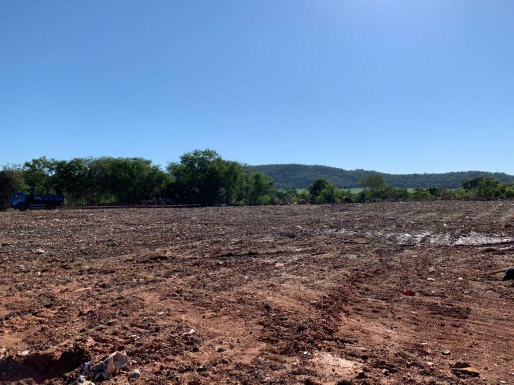 Prefeitura realiza ação de limpeza e promove melhorias no aterro controlado de Bonito