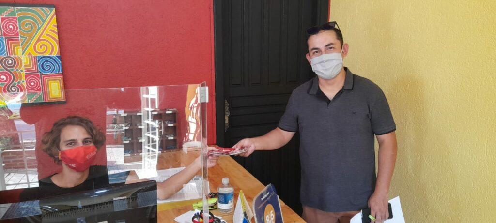 SECTUR firma parceria com o Projeto Bonito Delivery para incentivar entregas de comidas feitas por empresas locais para estimular a economia durante o toque de recolher