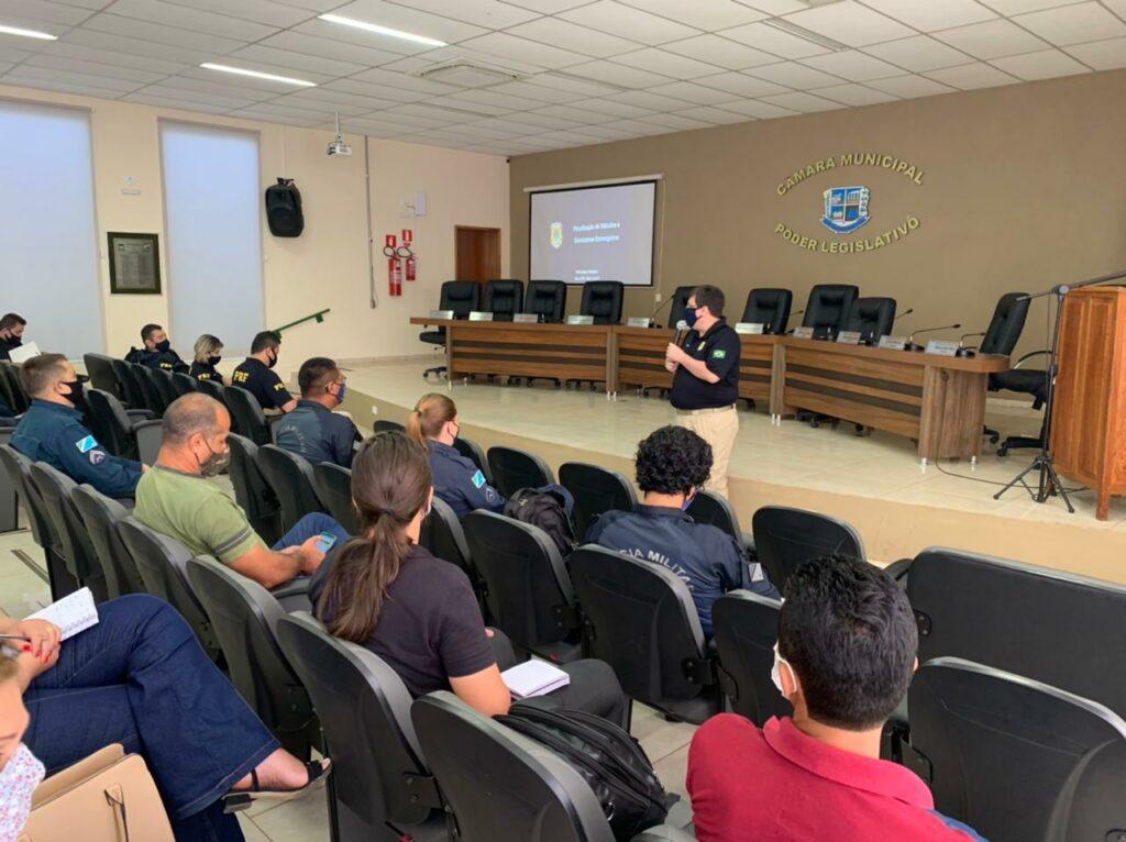 Com apoio do DEMTRAT, curso de capacitação sobre Legislação de Trânsito e Procedimentos Recursais é realizado em Bonito