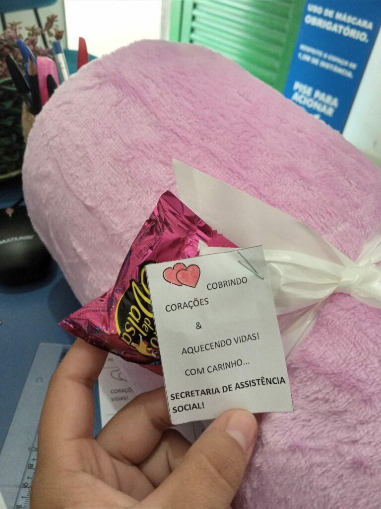 """SAS entrega cobertores por meio da campanha """"Aqueça Uma Vida"""""""