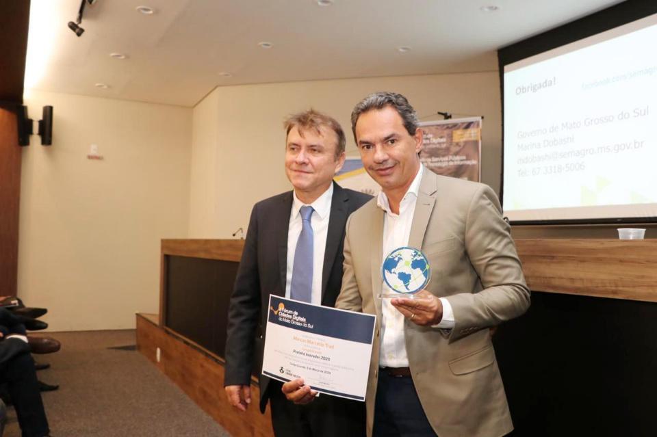Odilson recebe título de Prefeito Inovador 2020, em fórum sobre cidades digitais