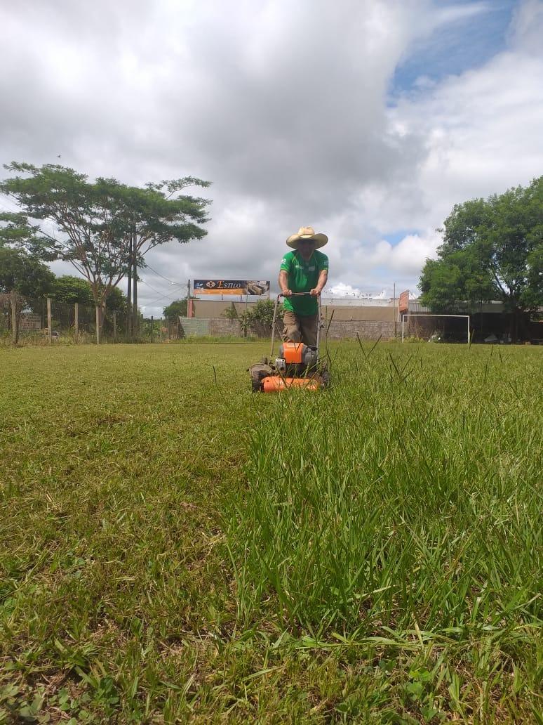 Esportes e Associação APEGOS revitalizam campinho da rodoviária